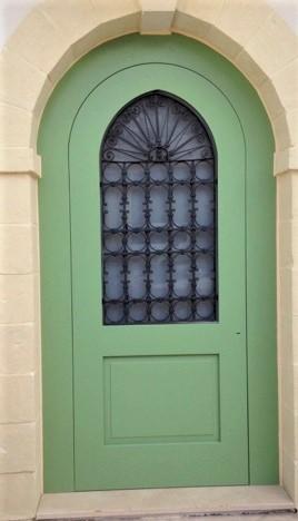 Collezione porte laccate porta in legno con incisioni for Finestre orizzontali